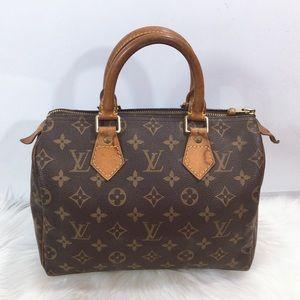 100% Authentic Louis Vuitton  Speedy 25 Satchel